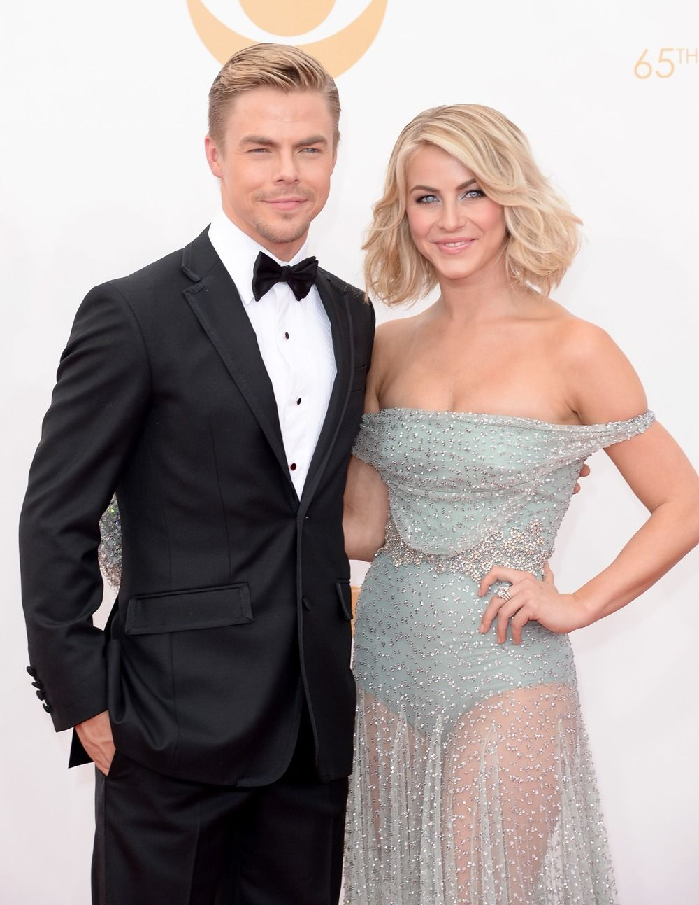 Julianne And Derek Hough Announce 2014 Move Live On Tour See Summer Concert Dates Dancing With The Stars Derek And Julianne Hough Celebrities