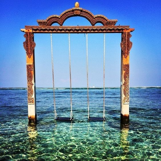 Sim, esse lugar existe mesmo😱😱e fica na Indonesia! Parece um sonho!