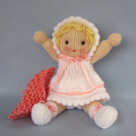 Little Daisy doll knitting pattern INSTANT DOWNLOAD par dollytime ...