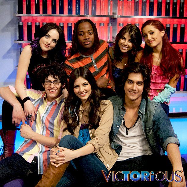 Pin By Jimmy Salguero On Victorious Sam Cat Victorious Cast Victorious Nickelodeon Victorious Show