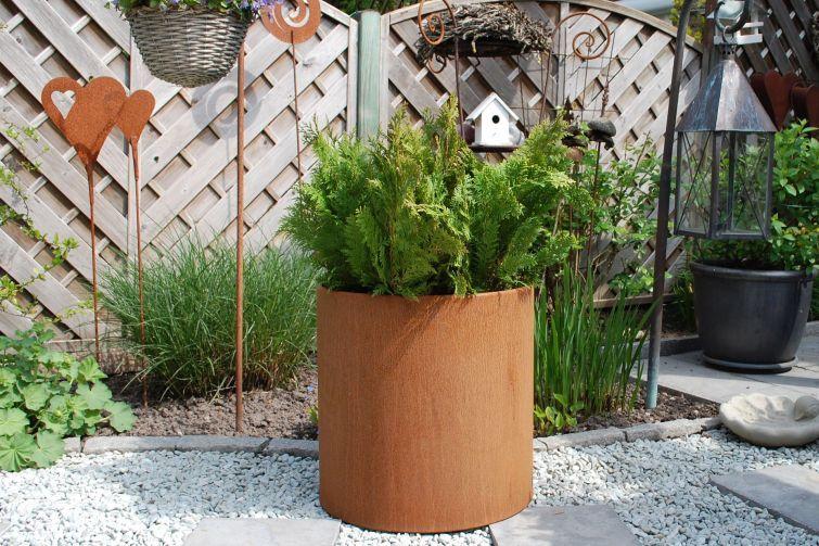 Pflanzkübel aus Cortenstahl. Der rostbraune Look für Ihren Garten ...