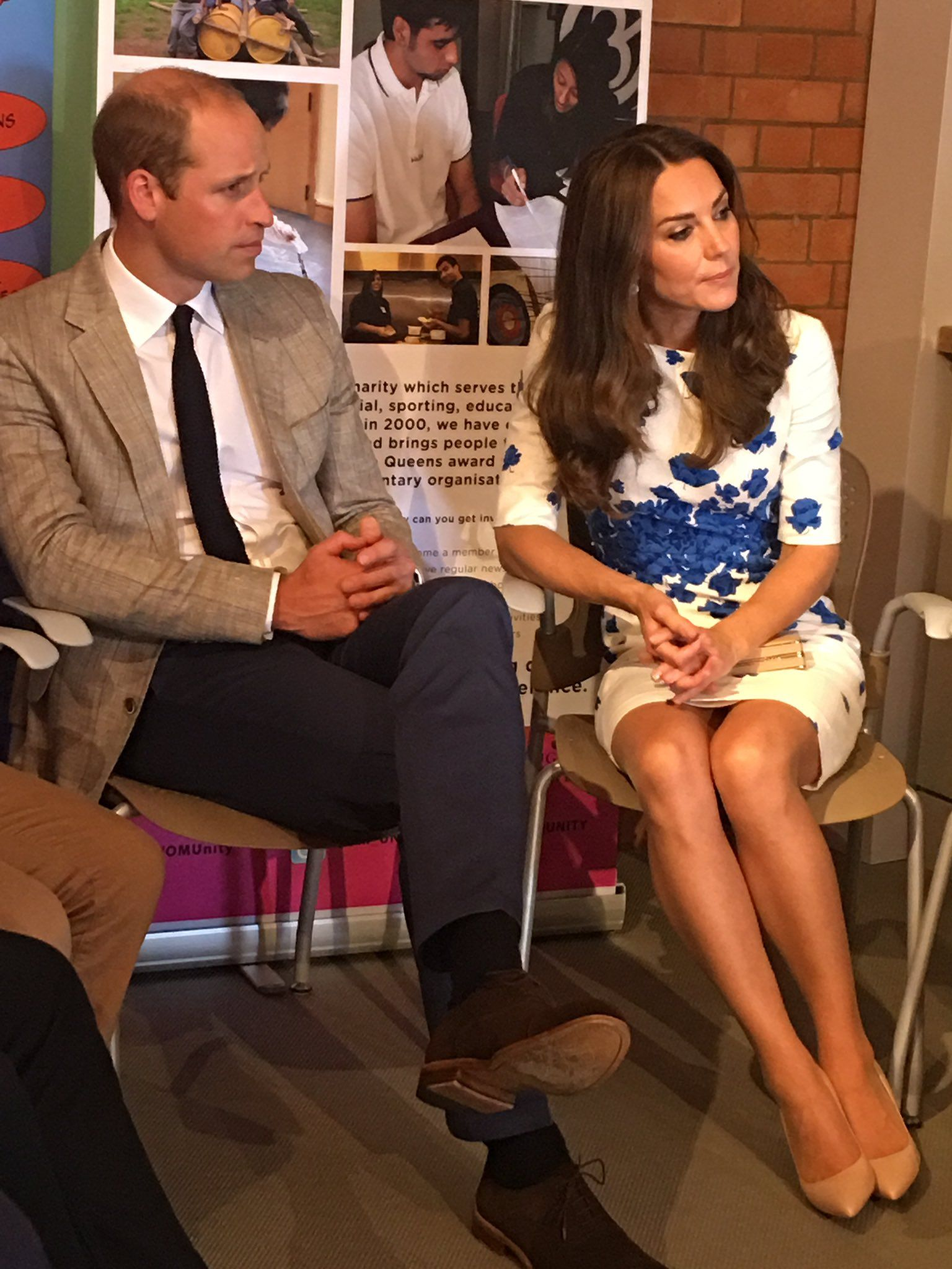 24 August 2016 - Kate and William visit Luton - dress (recycled), shoes and clutch by L. K. Bennett