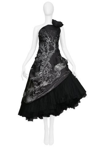 ALEXANDER MCQUEEN GIRL WHO LIVED IN A TREE RUNWAY GOWN 2008 -  Vintage Alexander McQueen black satin taffeta asymmetrical strapless gown featuring a white line d - #Alexander #Girl #Gown #LIVED #McQueen #Runway #RunwayFashion2020 #RunwayFashionaesthetic #RunwayFashionalexandermcqueen #RunwayFashioncasual #RunwayFashionchanel #RunwayFashiondior #RunwayFashiondolce&gabbana #RunwayFashionversace #RunwayFashionwomen #TREE
