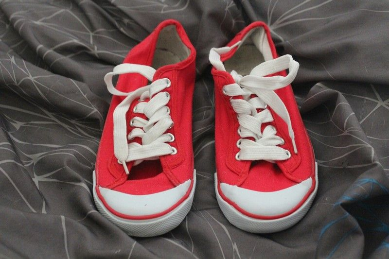 92aa4a0bac0f4 converse rouge vinted