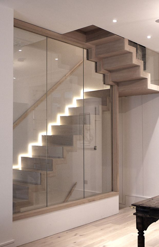 Best St James Gardens Floating Oak Staircase At Zigzag Design 400 x 300