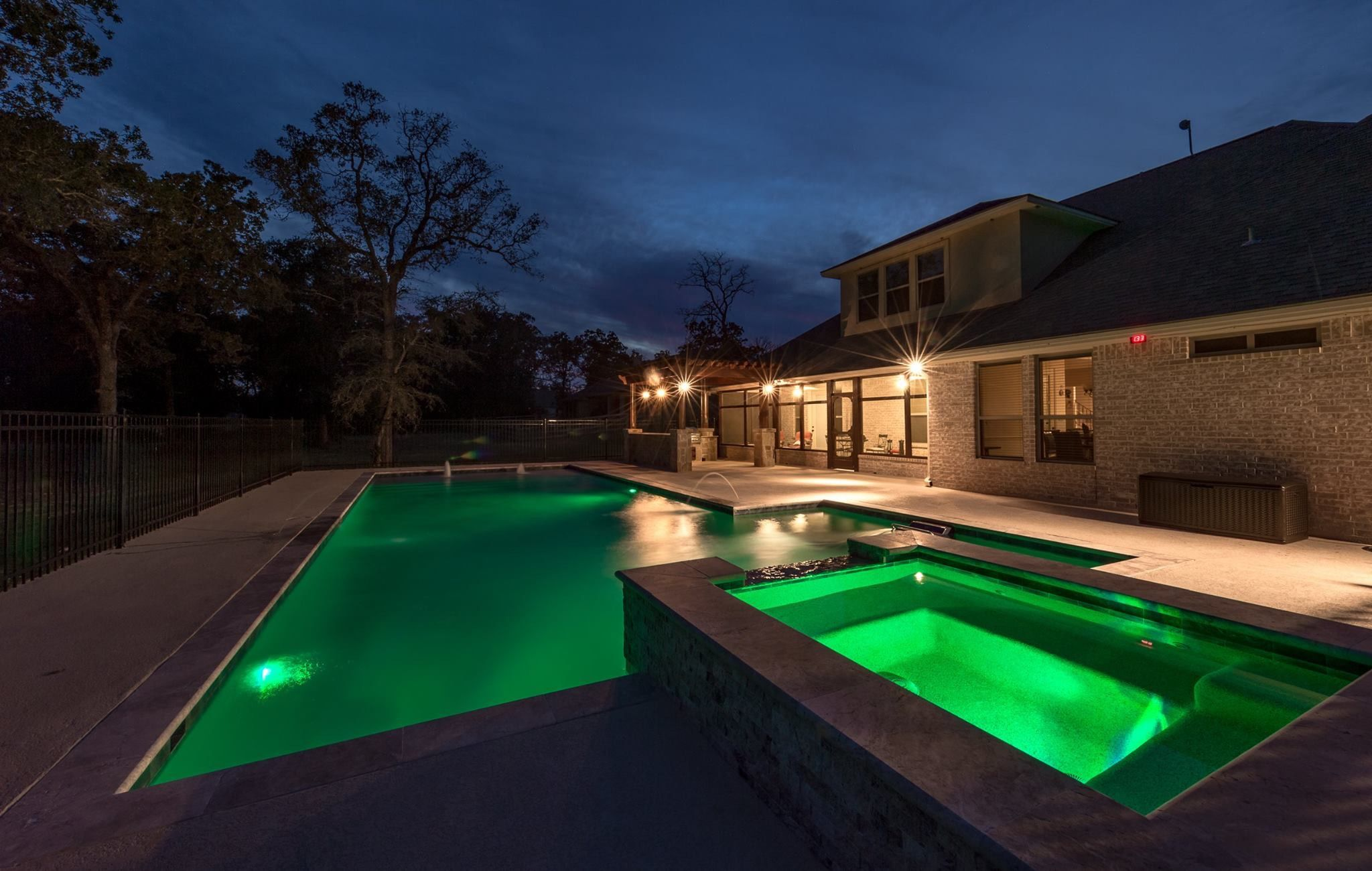 Fall Modern Design Spa Endlesspool Hayward Pebbletech Cremedementhe Poolequipment Omnilogic Lights Makingmemo Endless Pool Pool Lights Pool Designs