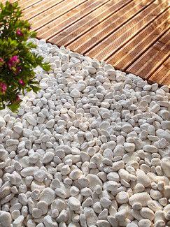 Arrivages Sacs De Galets Marbre Blanc Magasin De Bricolage Brico Depot De Reims Amenagement Jardin Cailloux Amenagement Jardin Galet Terrasse Galets
