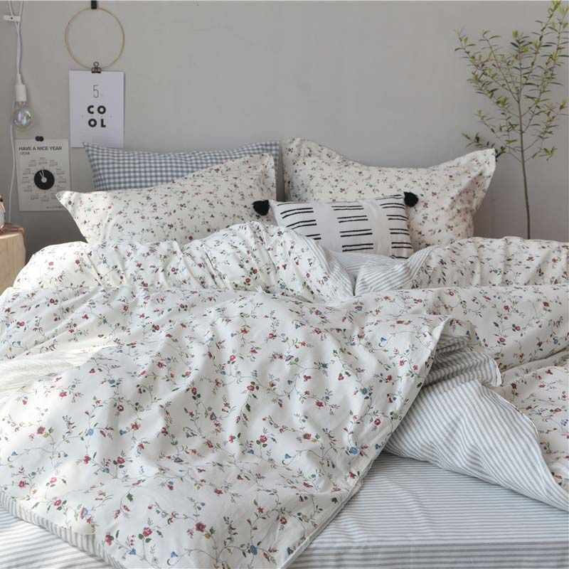Photo of Japanese Simple Bedding Set Rural Little Flower Bedclothes Soft Pure Cotton 4pcs Duvet Cover Set