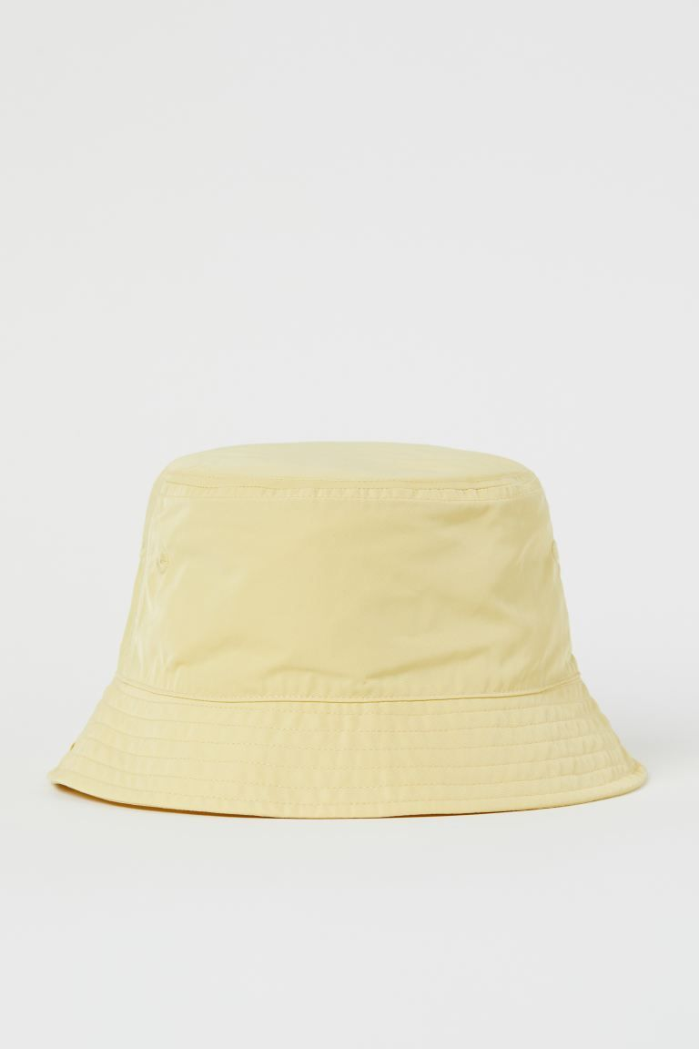 Bucket Hat Light Yellow H M Us Bucket Hat Fashion Outfits With Hats Bucket Hat Outfit