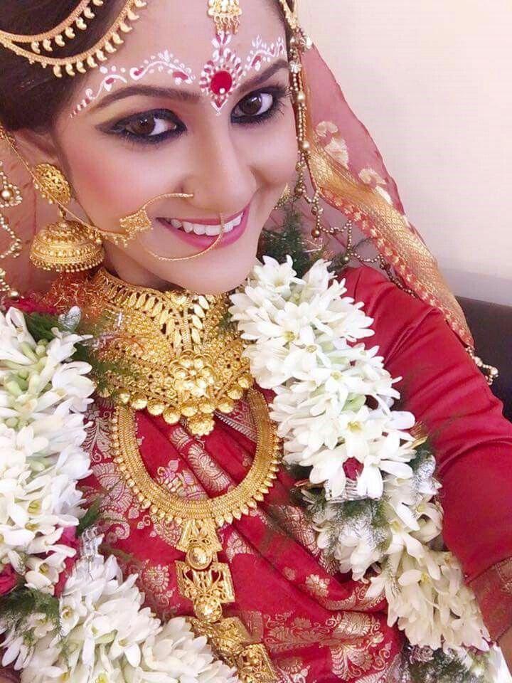 Bengali bridal look Traditional Desi Lookbook Indian