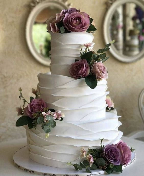 20 Best Vintage Wedding Cakes You'll Like