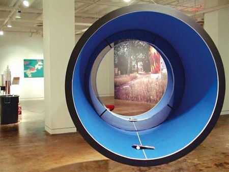 Laurent Perbos ping pong cylindrical. Would be fun to try this table out. #productdesign #pingpong #tabletennis