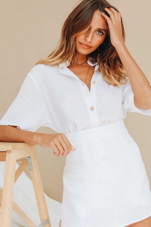 0c6bcdffd7 VG Cover Stories Linen Mini Skirt // White in 2019   NewLook 19 ...