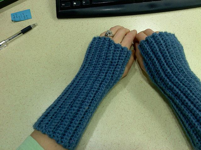 by themegababe Flickr Beginner's Wrist Warmers with Ridges ...