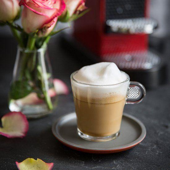 Wie man einen Appuccino à la Rose macht. - COFFEE ...