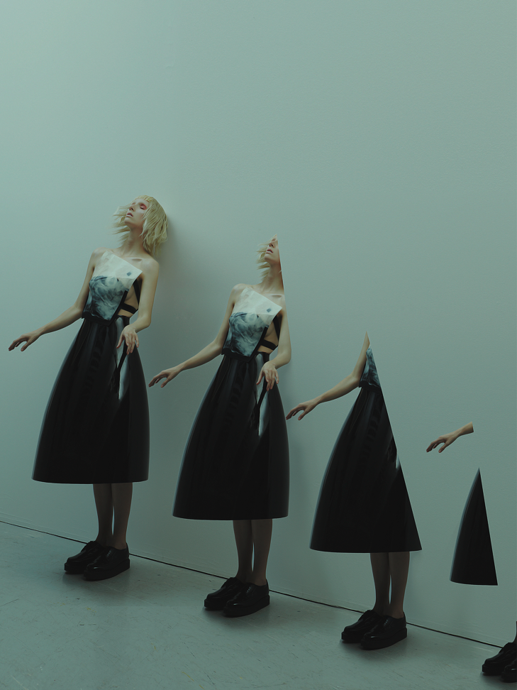 Silicone top: Minki Cheng Photography: Nhu Xuan Hua Styling: Viola Galassi