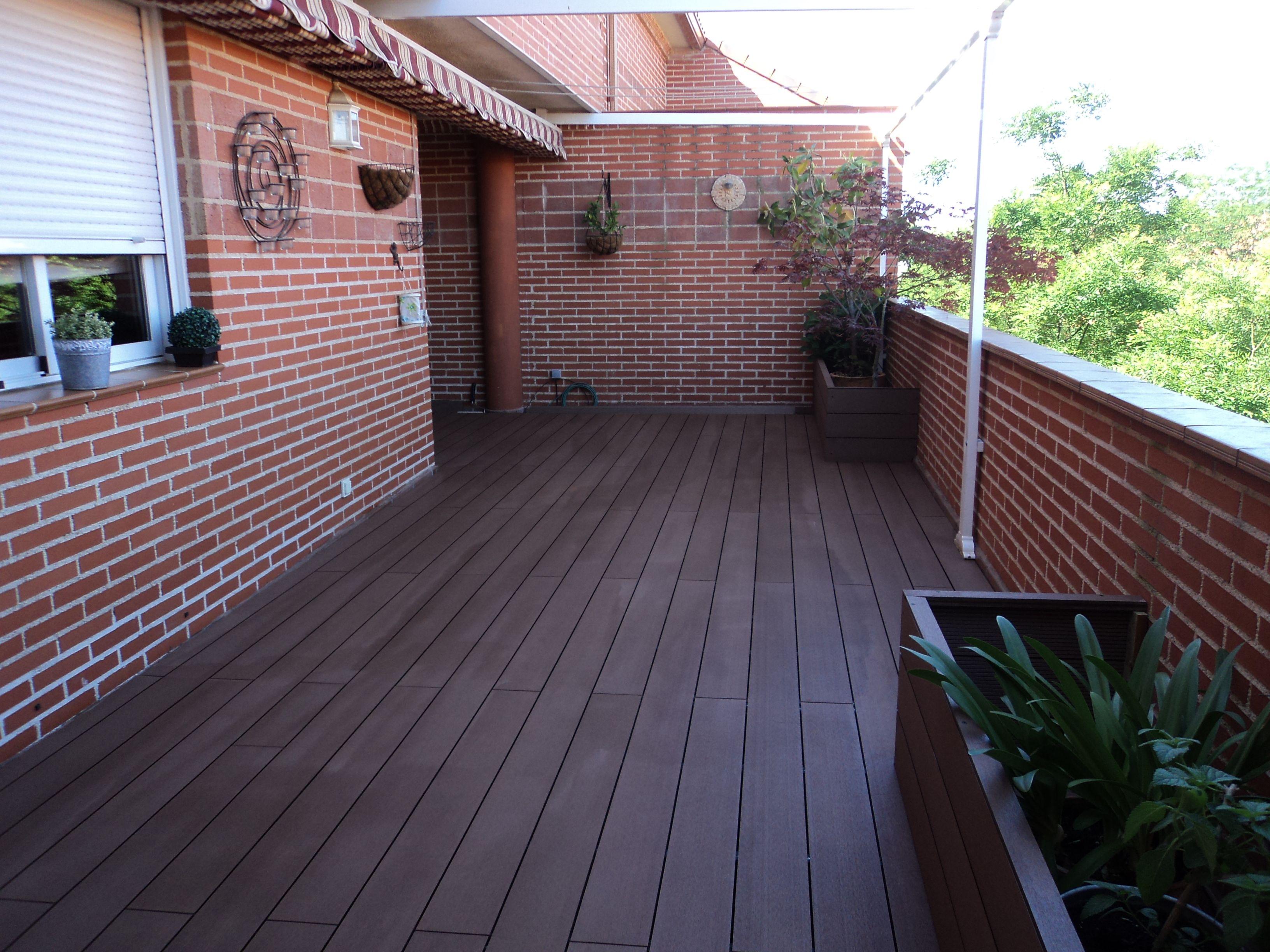Tarima Exterior Composite En Terraza Se Ha Instalado La Tarima  ~ Precio Tarima Sintetica Exterior