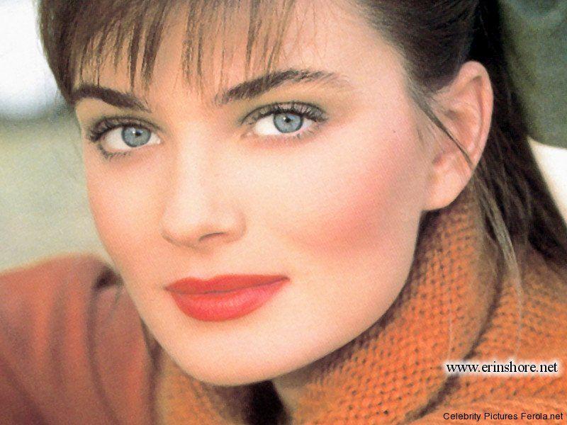Paulina Porizkova 80s makeup (With images) Paulina