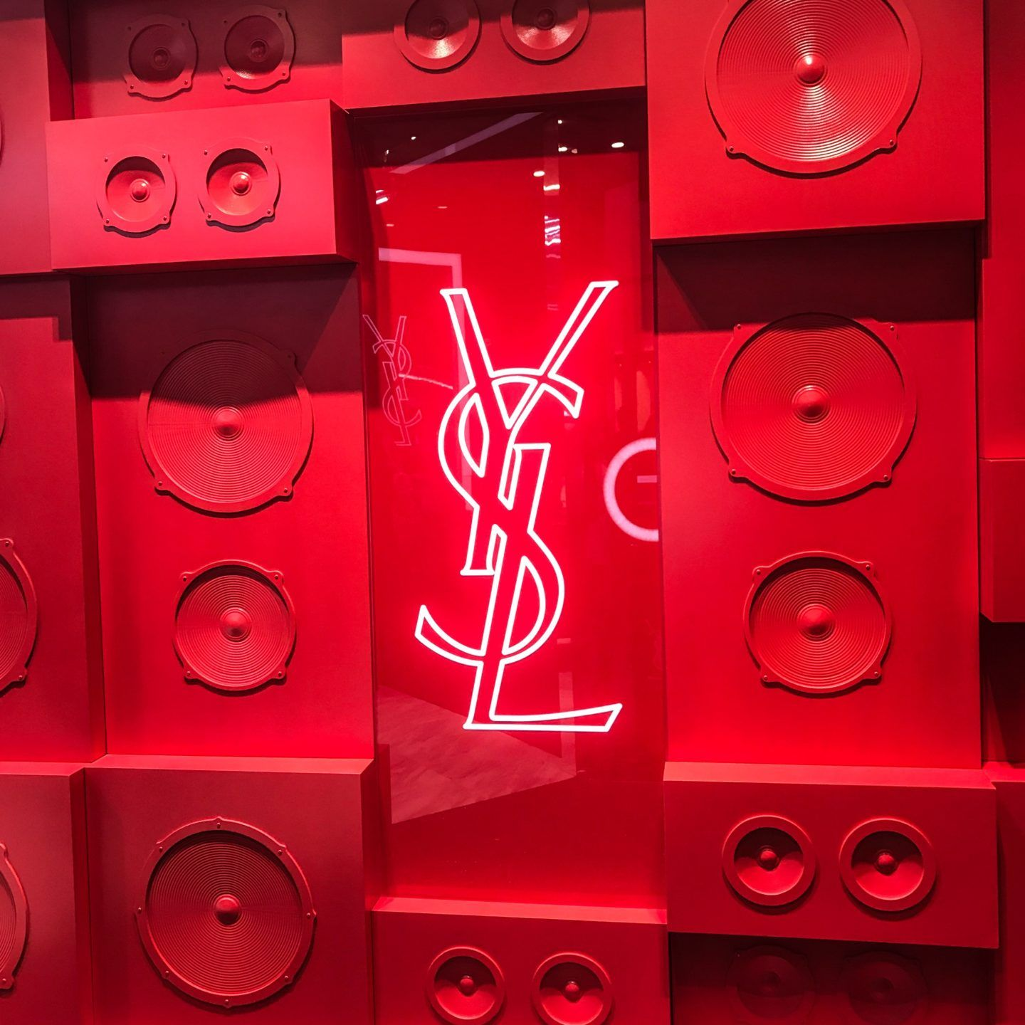 Ysl Beauty Pop Up Now Open At Square One Shopping Centre Just Sultan Red Aesthetic Red Aesthetic Grunge Red Wallpaper