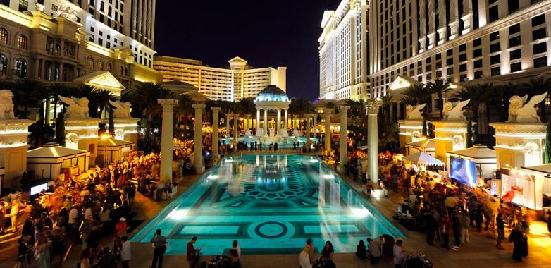 Vegasgoods Has Rates And Package Deals On Everything Caesars Palace Las Vegas Esprit
