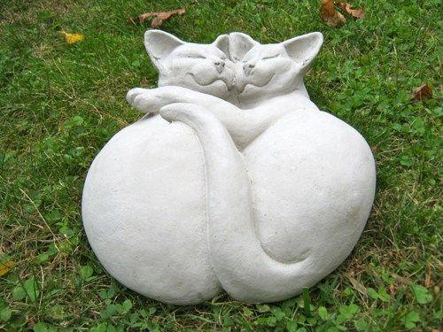 Lovely Cat Statue, Cuddling Kitties Concrete Figure, Cement Garden Decor