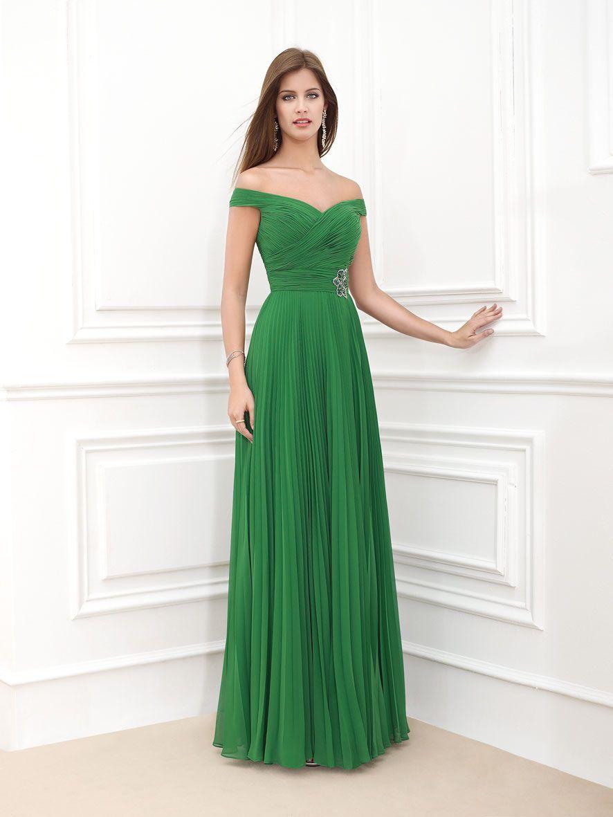 Green dress for wedding party  Pin by De fil de Vint  Novias Alcoy on Novia duArt   Pinterest