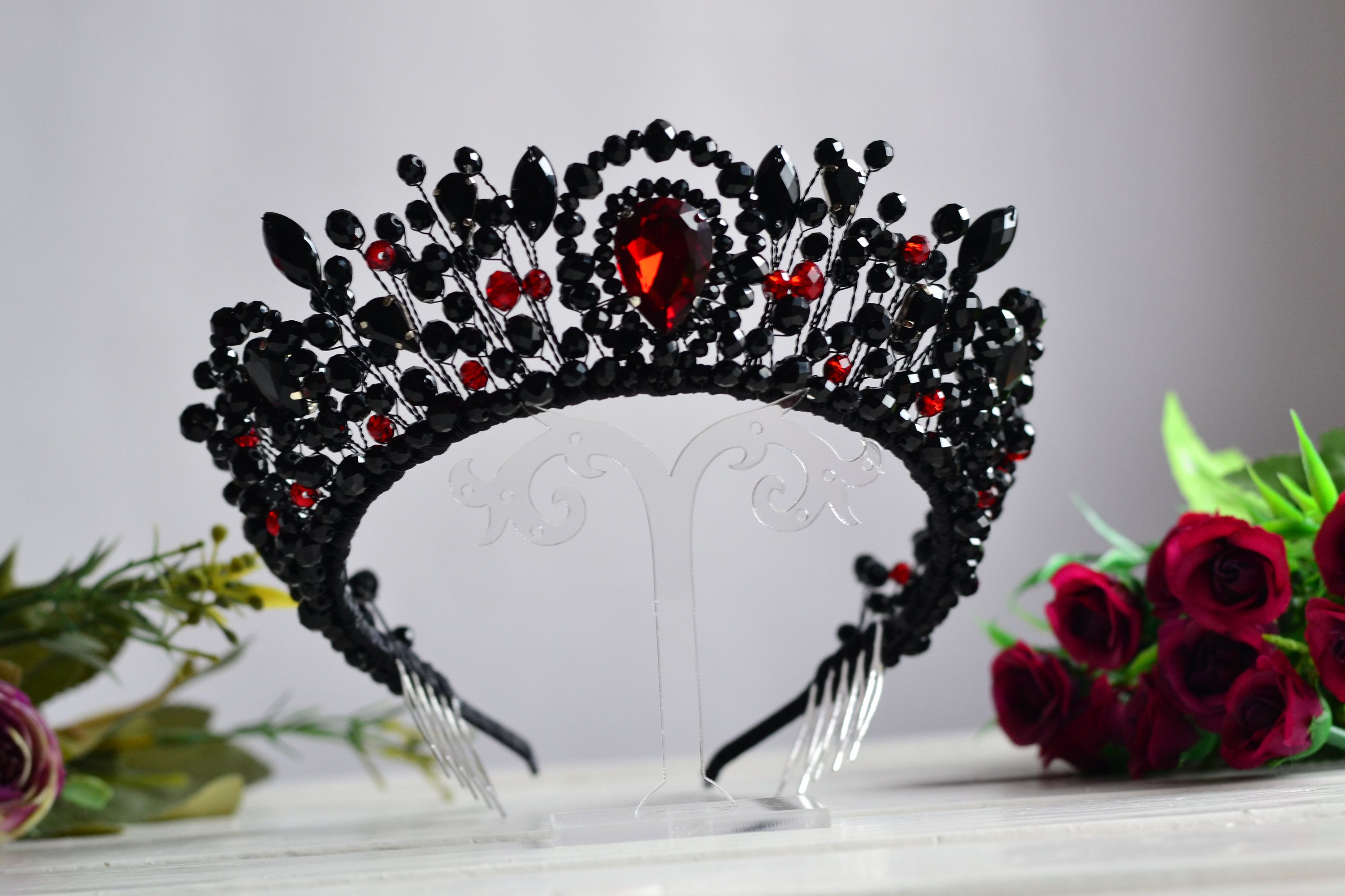 Black and red wedding crown, Gothic wedding crown, Black crystal bridal tiara, Red wedding crown, Wedding crown Gothic earrings Black crown