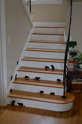 Vilten muizen als trap decoratie.