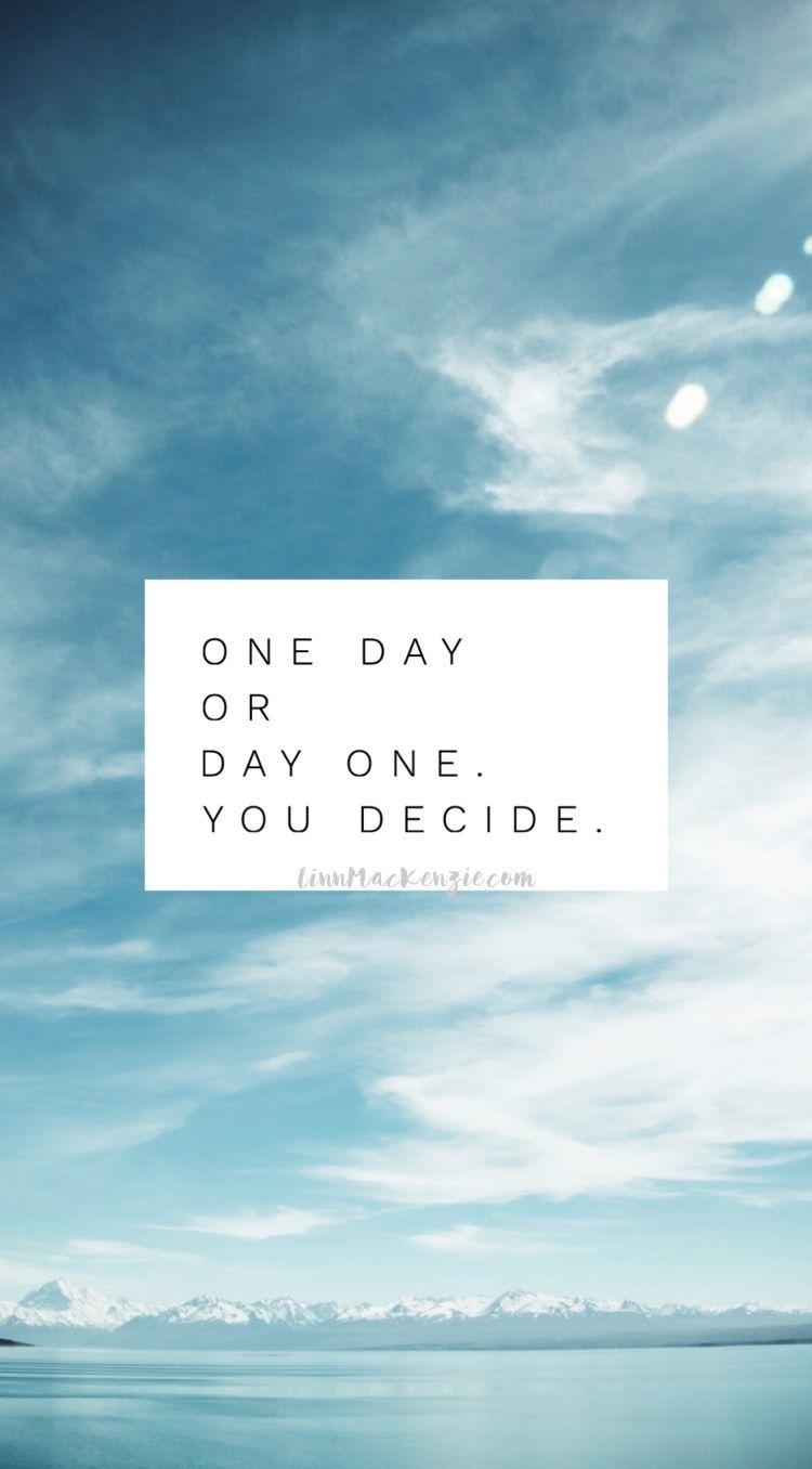 Hier kommen meine allerliebsten 55 Zitate die dein Leben verändern. Denn mit der richtigen Einstellung kannst du alles schaffen, was du willst. #zitat #Zitate #leben #verändern #quotes #quotestoliveby #Zitatlebenverändern #englisch #onedayordayone