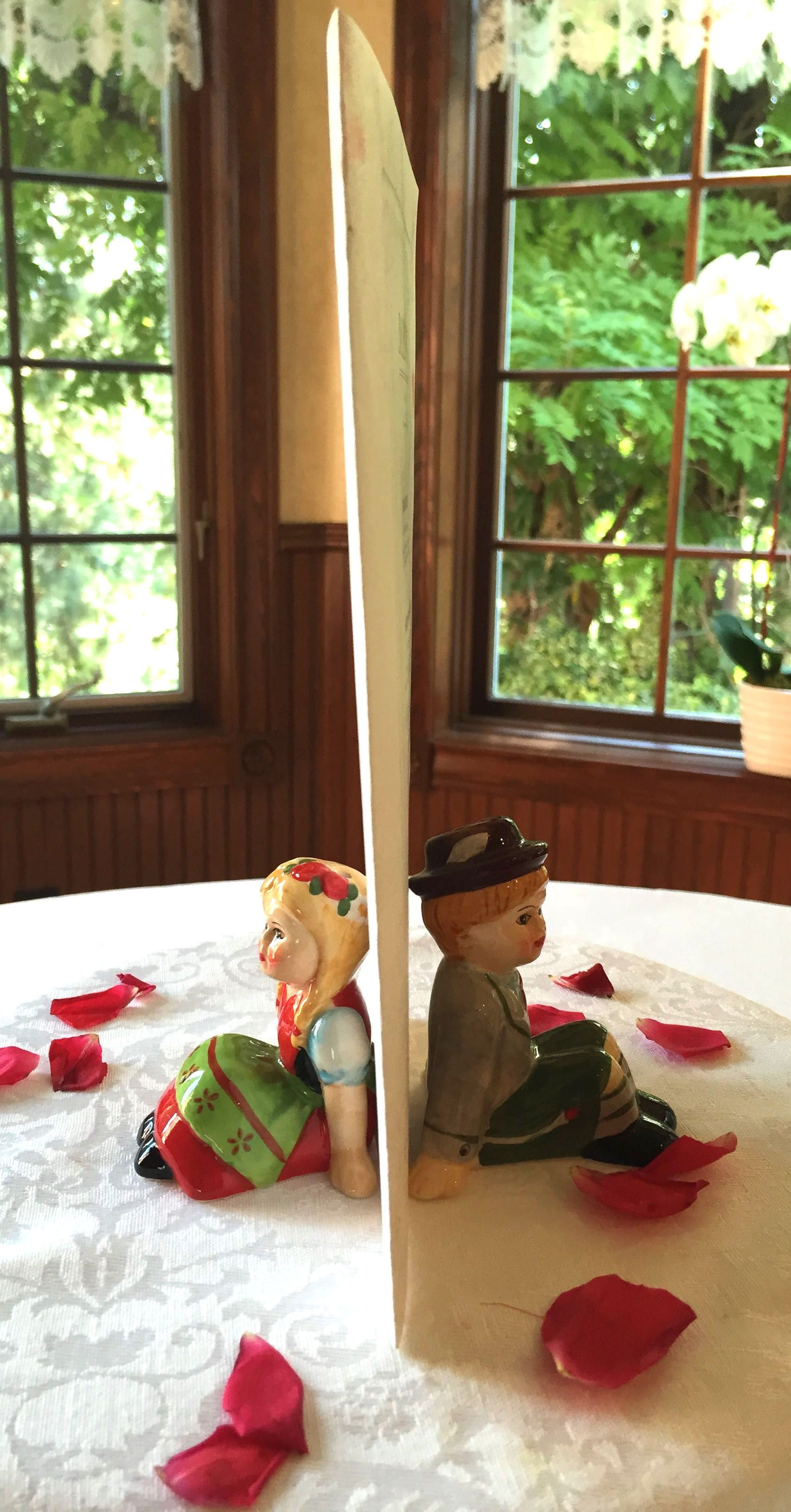 Centerpiece German Sitting Boy Girl Great Gift Ideas Pinterest