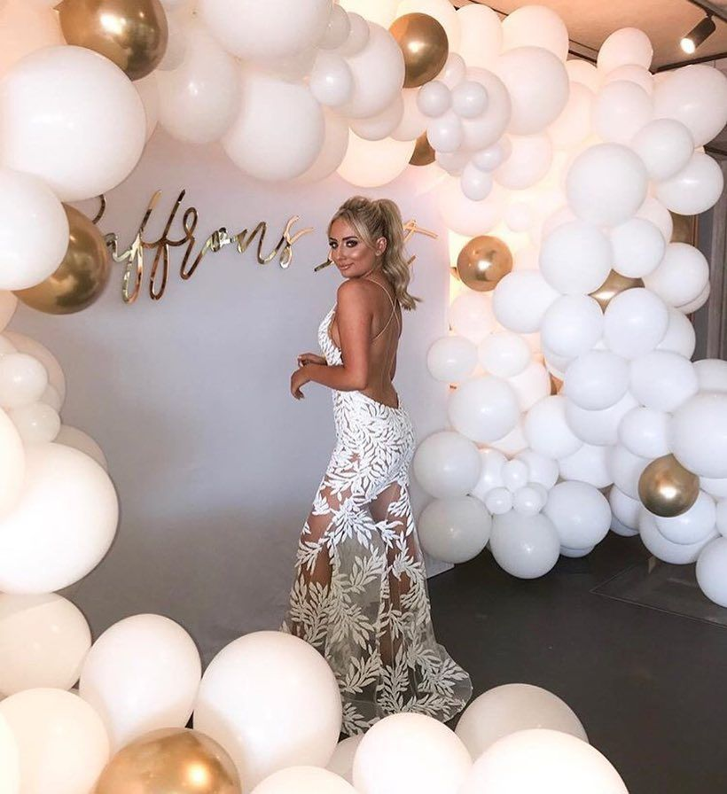 What A Dream Saffronbarker Makeup By Me Hair By The Amazing Hairbyjackluckhurst M 18th Birthday Party 18th Birthday Decorations 21st Birthday Decorations