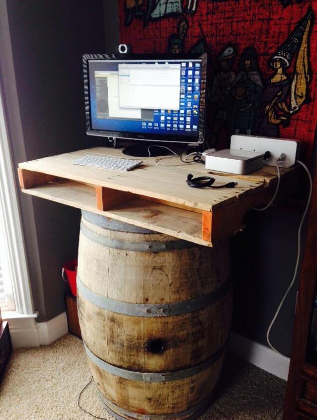 A homemade stand up desk