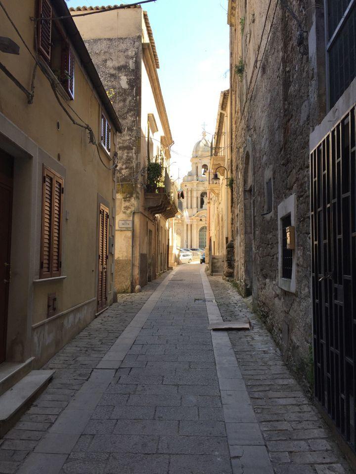 Scicli sicilia -sicily http://www.missclaire.it/en/travel/sicily-part-two/