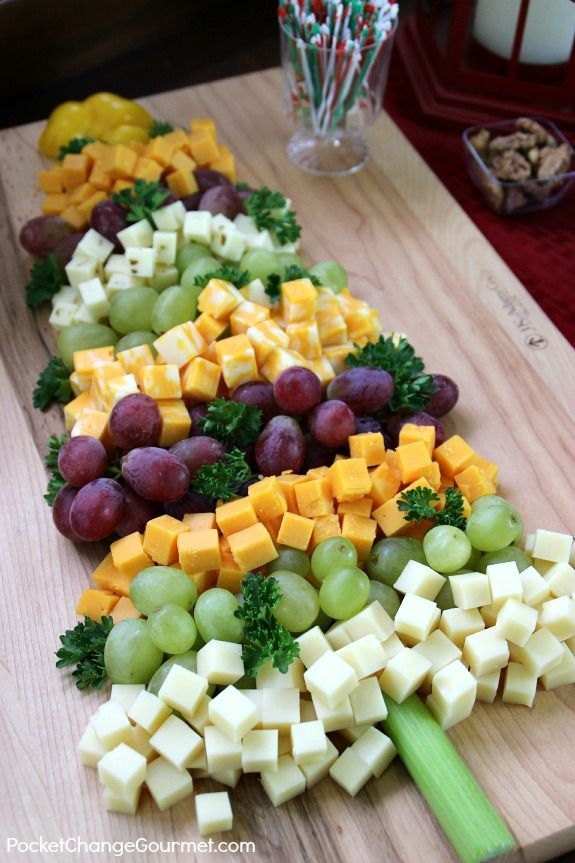 Tips for easy entertaining cheese christmas tree and bar - Christmas tree shaped appetizers ...