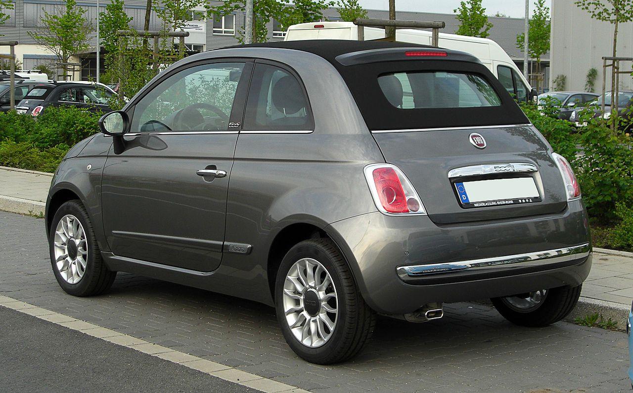 Fiat 500c 1 2 8v Lounge Heckansicht 16 April 2011 Dusseldorf