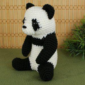 Giant Panda amigurumi crochet pattern | crochet | Crochet