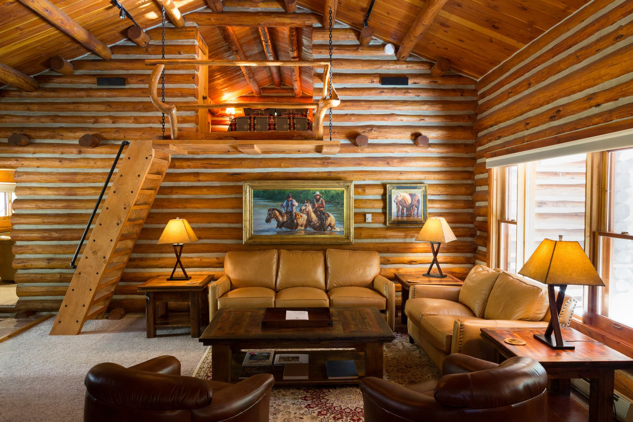Stay in a private log cabin home with jacuzzi and hot tub