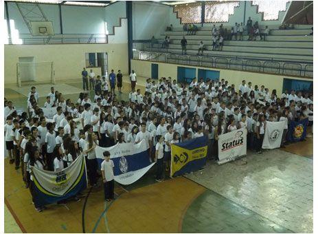 Torneio intercolegial e aberto na Barrinha http://www.passosmgonline.com/index.php/2014-01-22-23-07-47/esporte/2804-torneio-intercolegial-e-aberto-na-barrinha