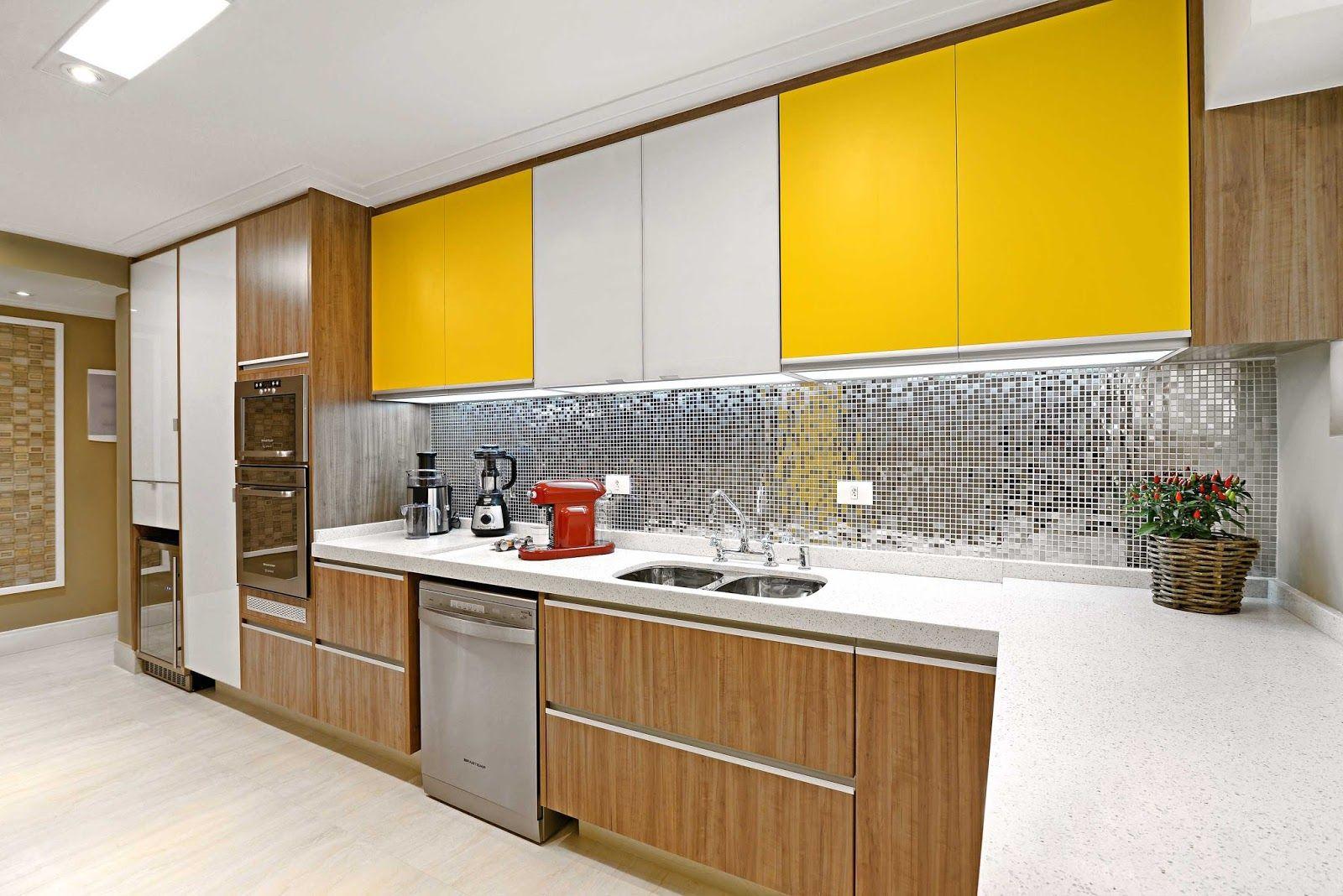 #C89B03  : Consultoria de Decoração: Cozinha Lavanderia e Sala de Estar 1600x1068 píxeis em Decoração Sala De Estar Em Vermelho