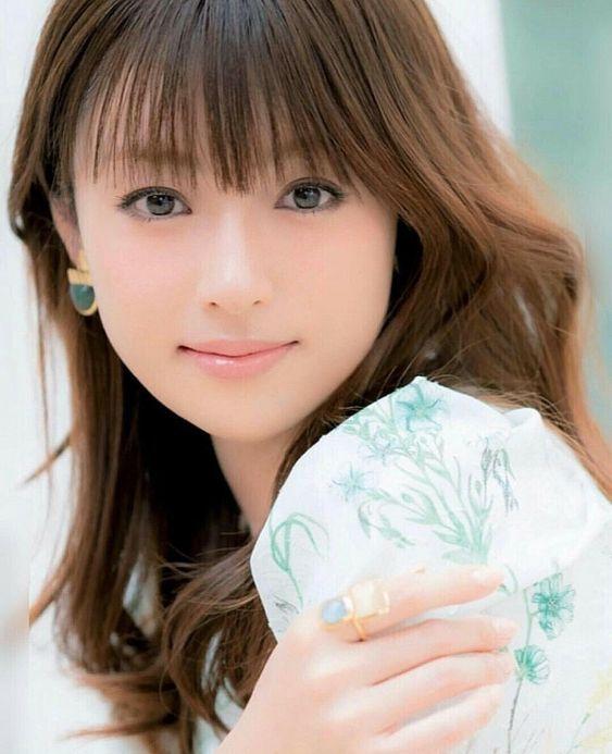 2018年最新】綾瀬はるかの現在の髪型は!?過去の髪型もチェック