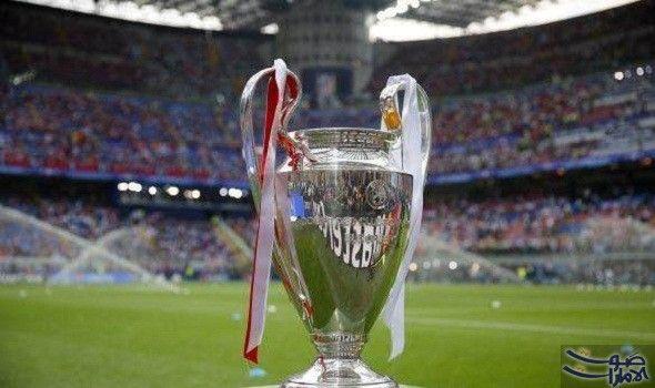 تنظيم قرعة ثمن نهائي دوري أبطال أوروبا والأندية بين الأحلام والطموحات قبل المواجهات With Images Pilsner Glass Champions League Final Uefa Champions League