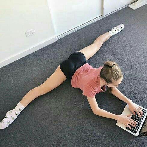 pinmatilde figueiró on body  gymnastics poses