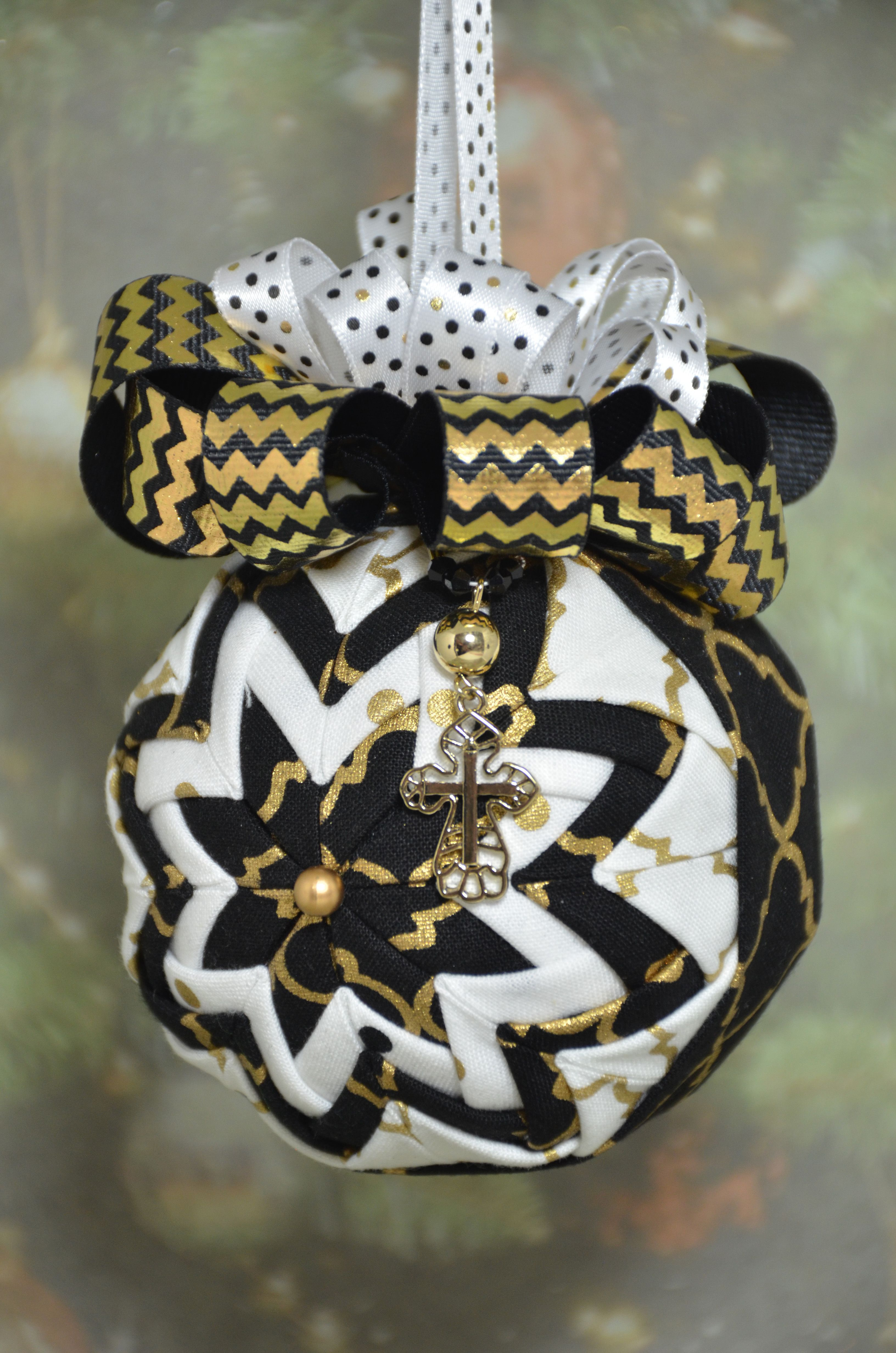 handmade no sew quilted ornament in black gold and white with cross charm - Black And Gold Christmas Ornaments
