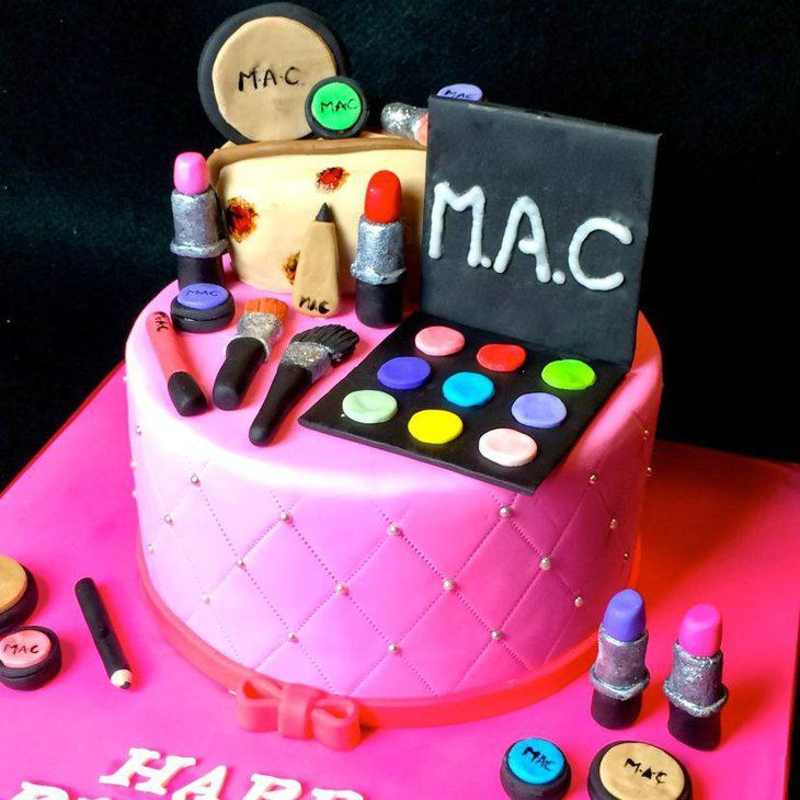 Awesome makeup kit birthday cake for teenage girls