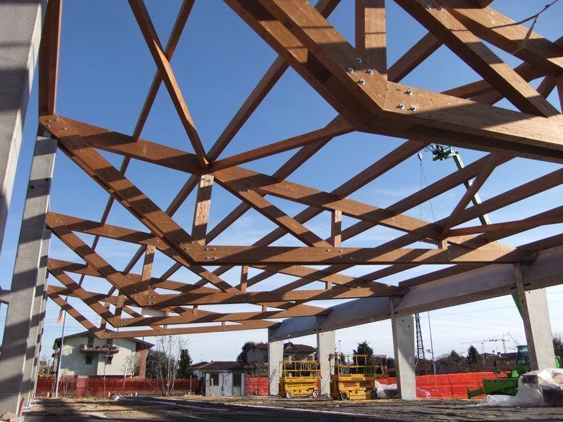 Estructura madera cercha de madera prefabricada comun for Arquitectura prefabricada