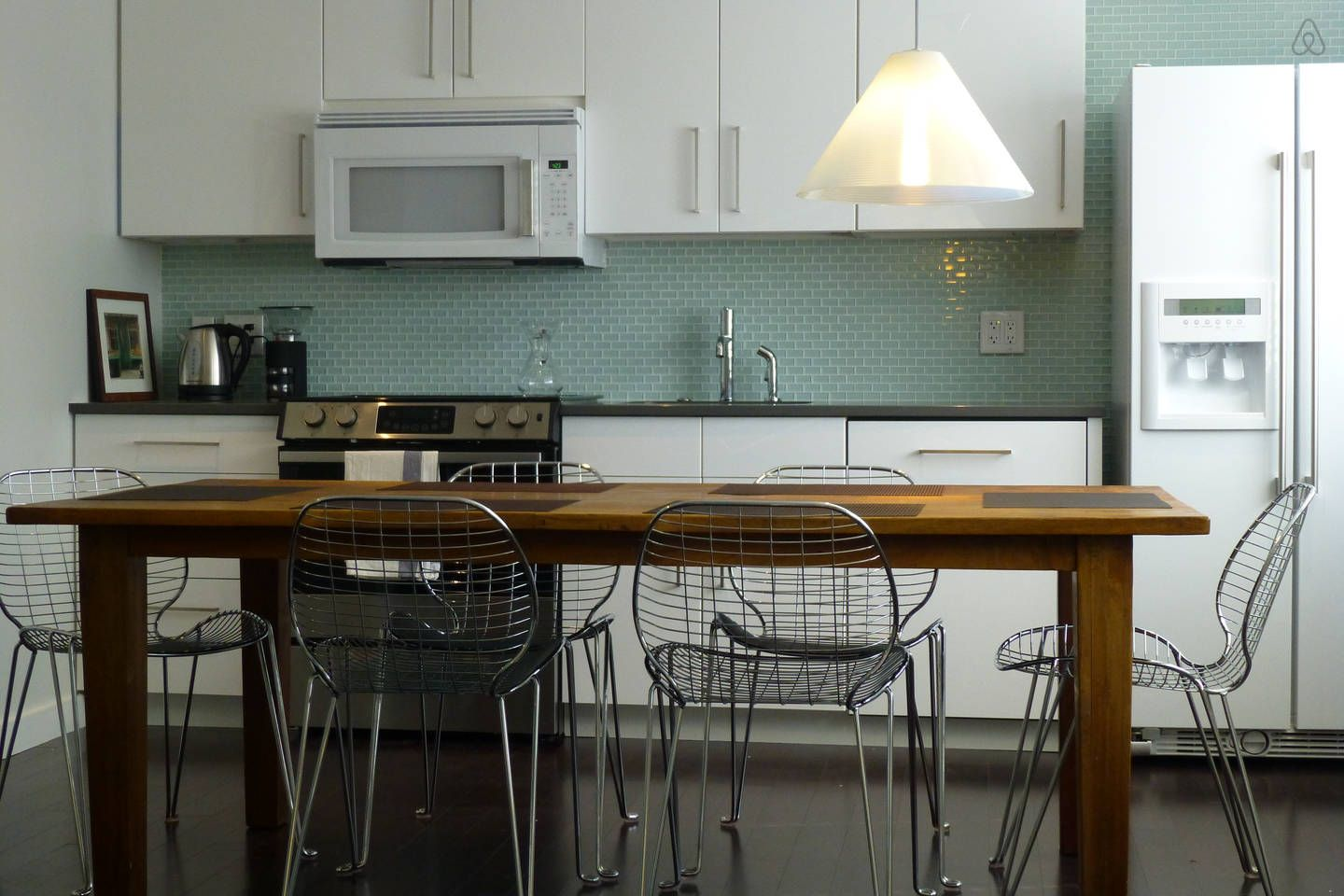 Cool & Comfy 1bdrm near Lake Union in Seattle Apartments