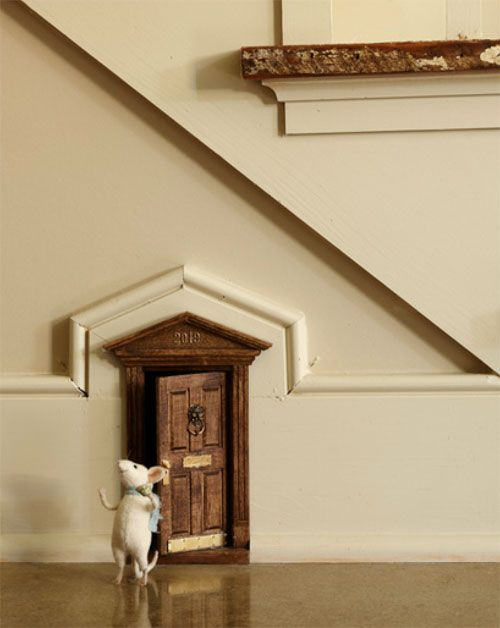 mouse doors | Every quirky home needs to have a door for a mouse! & mouse doors | Every quirky home needs to have a door for a mouse ... pezcame.com