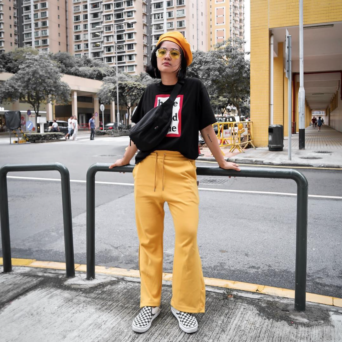 af3593b8d2d51a This street style look is brought to you by the color yellow. ⚡ Photo via  @misscarlaviolet
