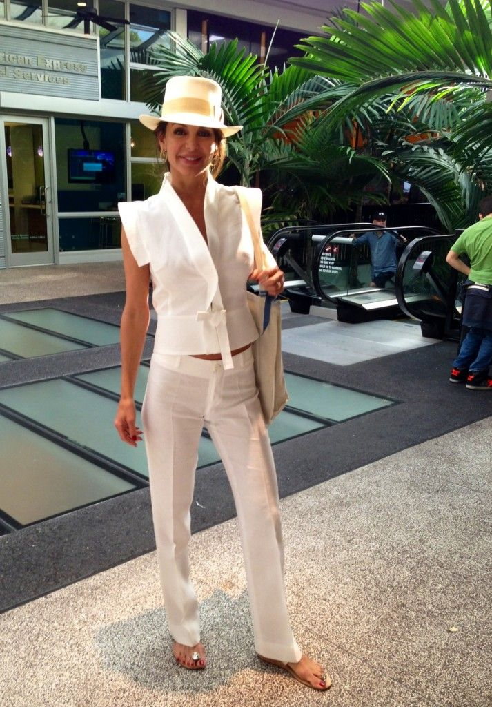 I saw this woman in Bal Harbour in Miami Beach: Wearing all 100% Capri