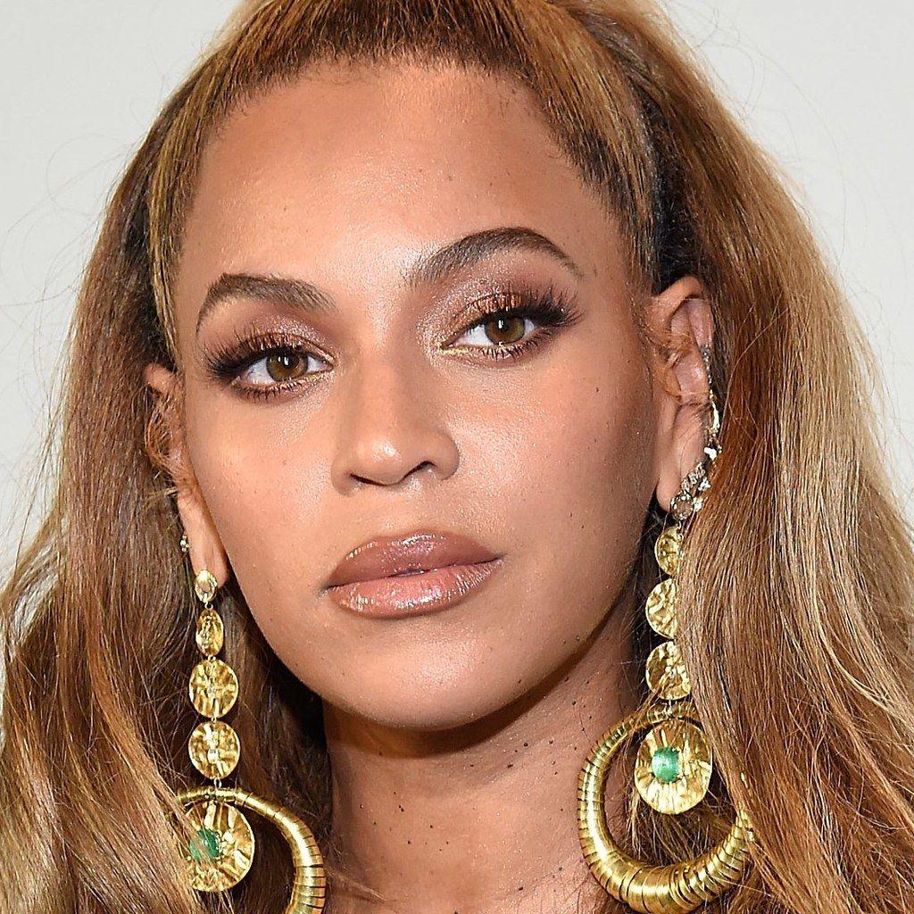 I Asked Beyoncé's Makeup Artist to Give Me Her 'Teflon